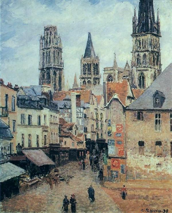 Rue Leclerc in Rouen grey morning